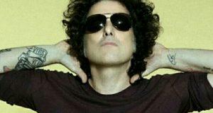 Andres Calamaro cantante musico compositor y productor discografico...